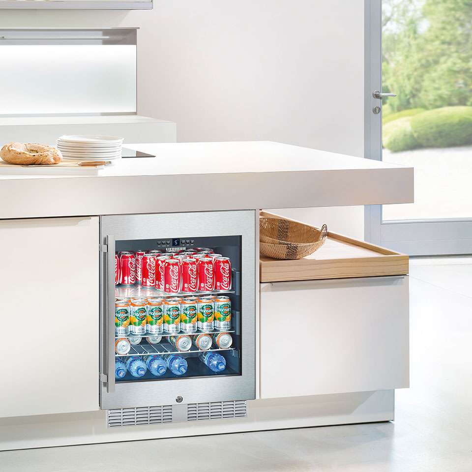 Liebherr Glass Door Beverage Centre UKes 1752