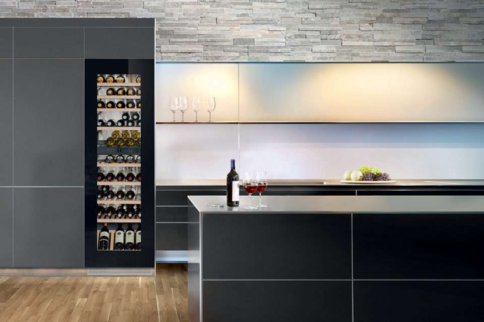 Liebherr-Dual-Zone-Built-In-Wine-Cellar-EWTgb3583-20_137_M1_V2