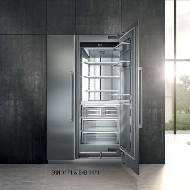 Liebherr Monolith 30Inch Integrated Fridge EKB 9471