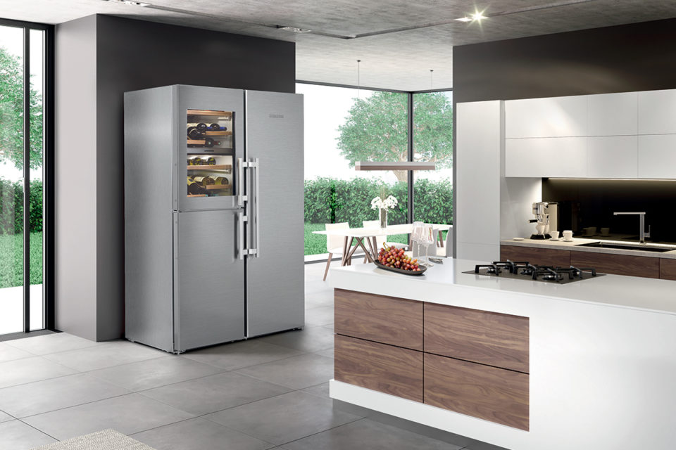 Liebherr Freestanding SidebySide With Wine Compartment SBSes 8486
