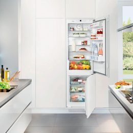 INTEGRATED FRIDGE/FREEZER - PROJECT MODEL ONLY